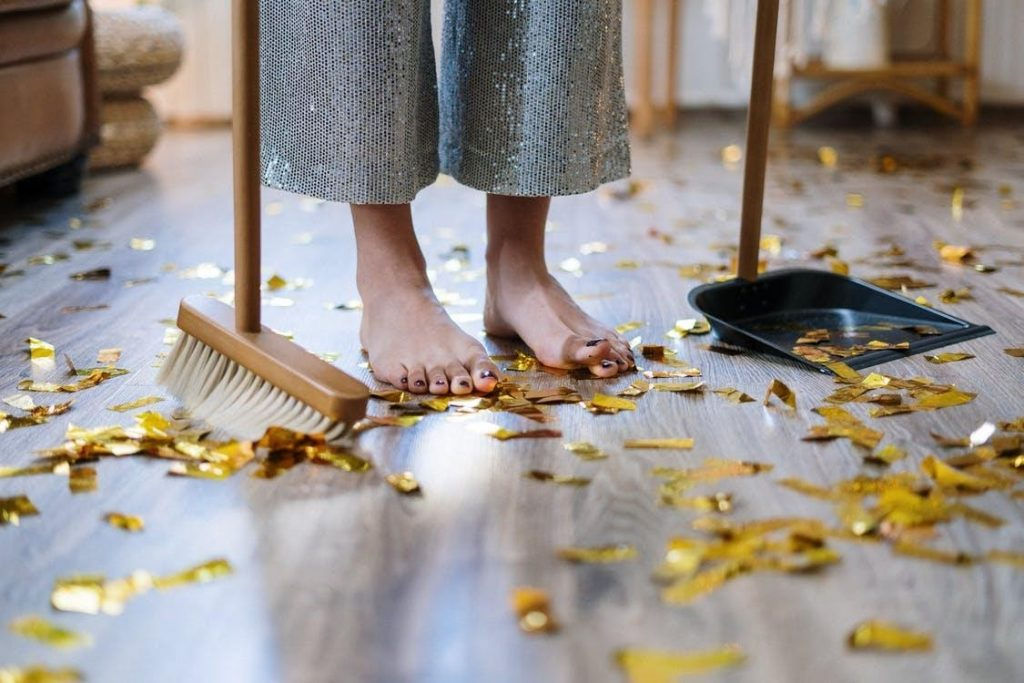 Ways to Get Your House Clean and Ready for The Holidays